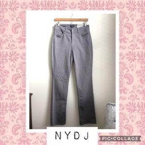 NWT NYDJ Marilyn Straight Gray Jeans 👖